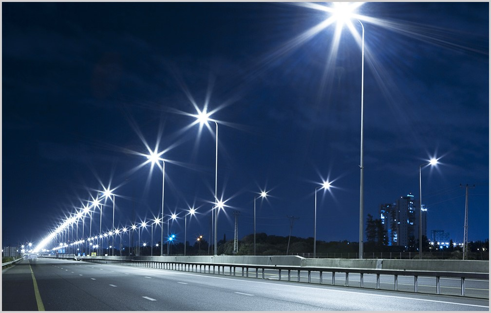 Smart LED Lighting Retrofit for Abu Dhabi Island Streets in Partnership with the Private Sector
